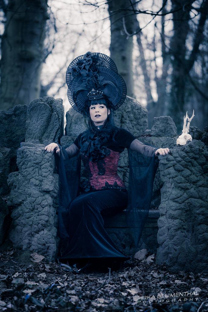 Queen of darkness #6