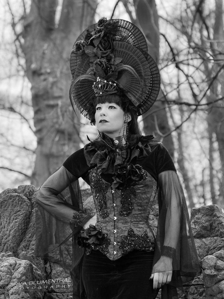Queen of darkness #7