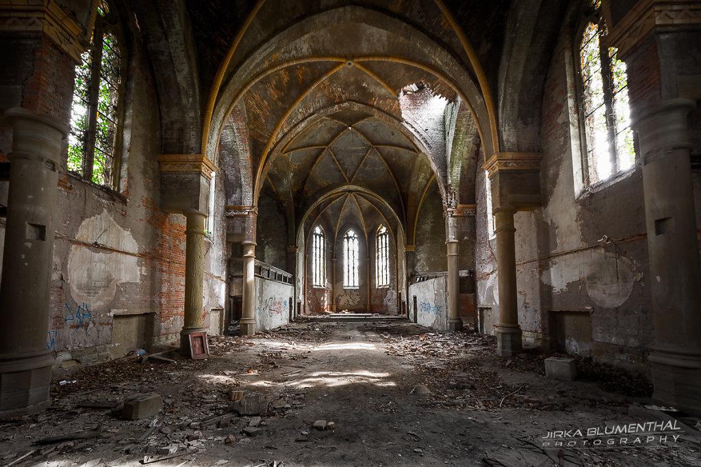 Das marode Gotteshaus #1