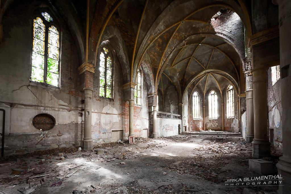 Das marode Gotteshaus #8